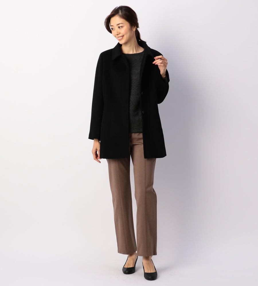 カシミヤ100%のコートやアンゴラウールの商品などウールの温かみを感じるコートアイテムを取り揃えました。