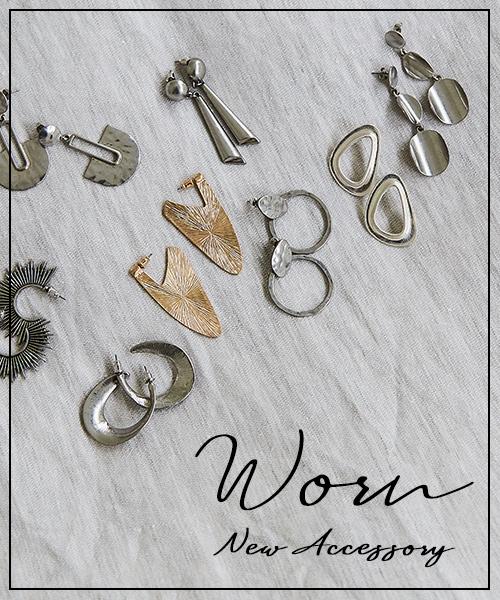 """ヴィンテージ感のあるニュアンスが今っぽい、URBAN RESEARCHのアクセサリーシリーズ""""WORN (ウォーン)""""のラインナップをご紹介。"""